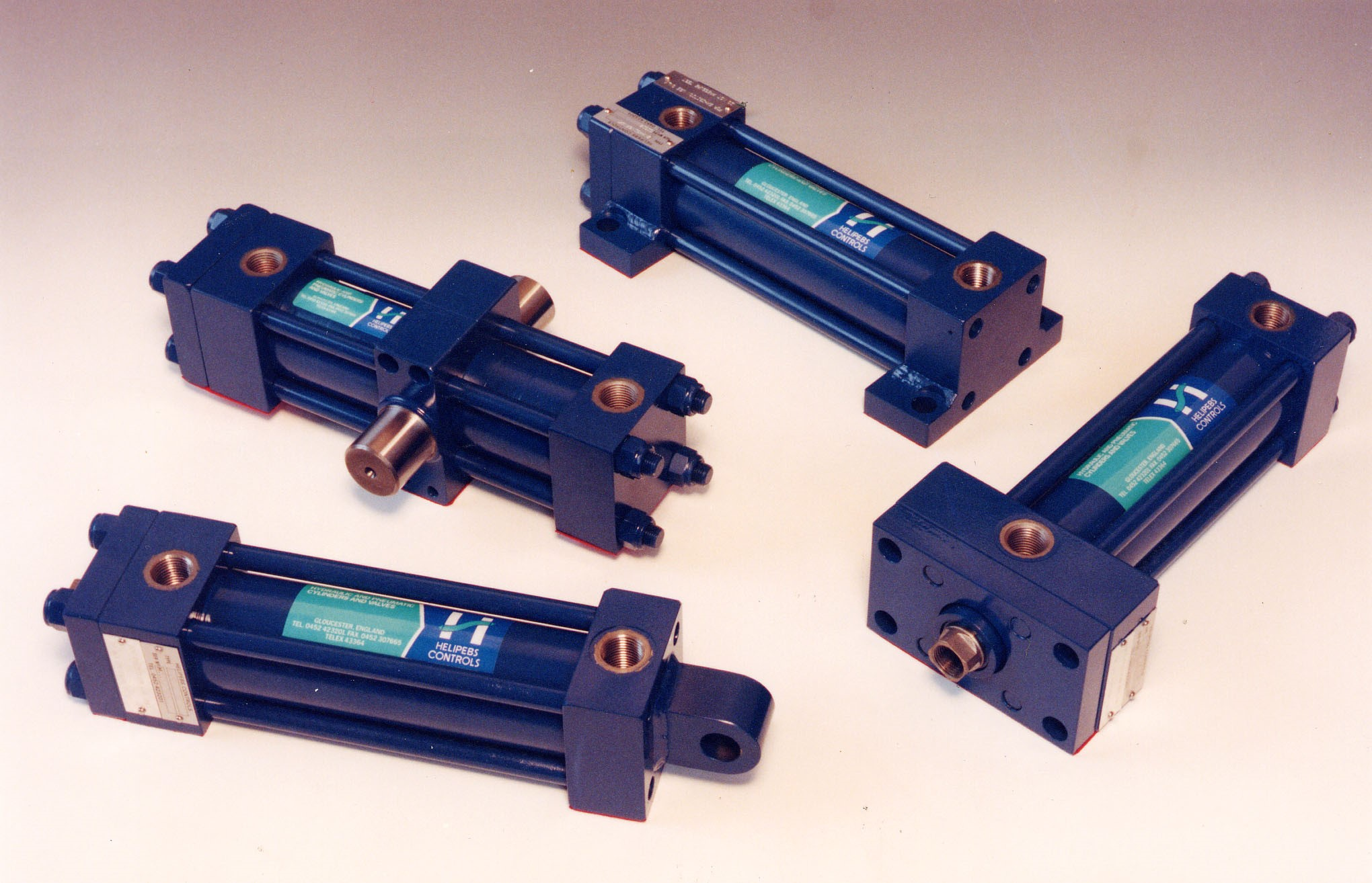 A new range of metric cylinders