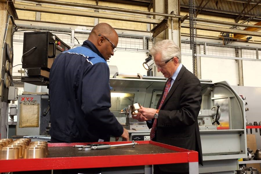 Queen's Award winning Helipebs Controls welcomes Gloucester MP Richard Graham on site